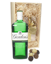 Gordons Gin And Chocolates Gift Set in Wooden Box