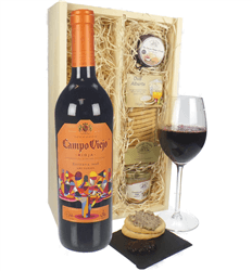 Campo Viejo Reserva Wine & Gourmet Food Gift Box