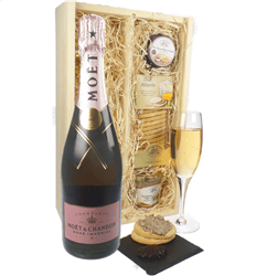 Moet & Chandon Rose Champagne & Gourmet Food Gift Box