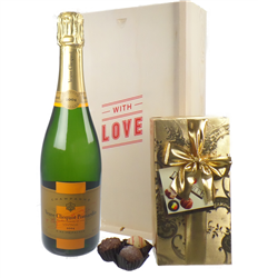 Veuve Clicquot Vintage Valentines Champagne and Chocolates Gift Box