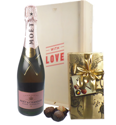 Moet & Chandon Rose Valentines Champagne and Chocolates Gift Box