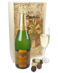 Veuve Clicquot Vintage Champagne & Belgian Chocolates Gift Box