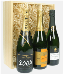 The Vintage Collection Three Bottle Champagne Gift in Wooden Box
