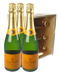 Veuve Clicquot Champagne Six Bottle Wooden Crate