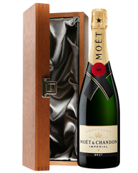 Moet et Chandon Champagne Luxury Gi...
