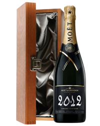 Moet et Chandon Vintage Champagne L...