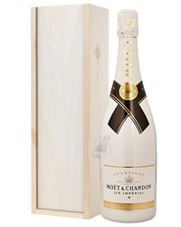 Moet Ice Imperial Champagne Gift in...