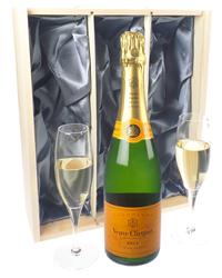 Veuve Clicquot Champagne Gift Set W...