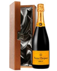 Veuve Clicquot Champagne Luxury Gif...