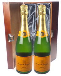 Veuve Clicquot Champagne Twin Luxur...