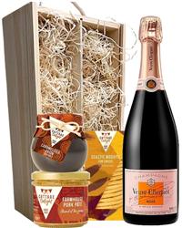 Veuve Clicquot Rose Champagne & Gou...