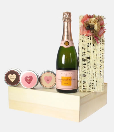 Veuve Clicquot Rose Valentine Seduction Gift