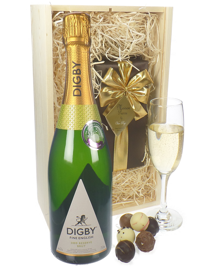 English Sparkling Wine And Chocolates Gift