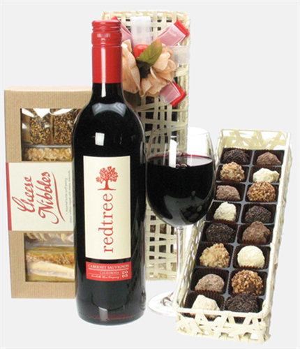 Sweet n savoury red wine gift next day delivery for Next day wine gifts