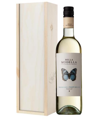 Bella Modella Pinot Grigio Wine Gift in Wooden Box
