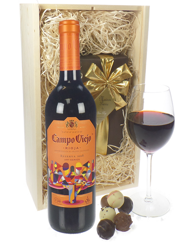 Campo Viejo Reserva Wine and Chocolates Gift Set in Wooden Box