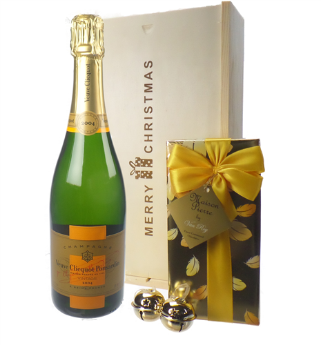 Veuve Clicquot Vintage Christmas Champagne and Chocolates Gift Box