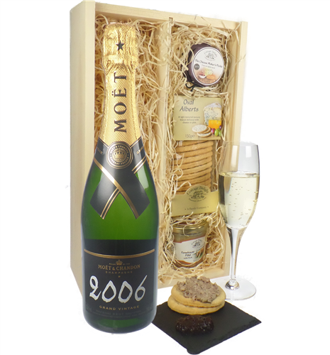 Moet & Chandon Vintage Champagne & Gourmet Food Gift Box