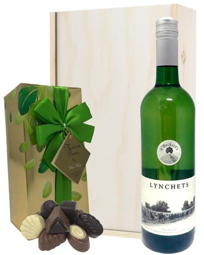 English White Wine and Chocolate Gift Set