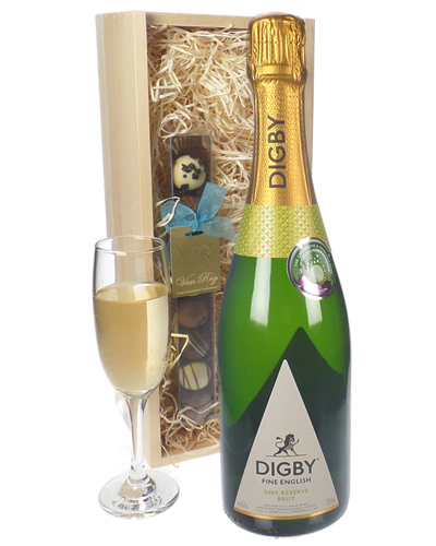 English Sparkling Wine and Chocolates Gift Set in Wooden Box
