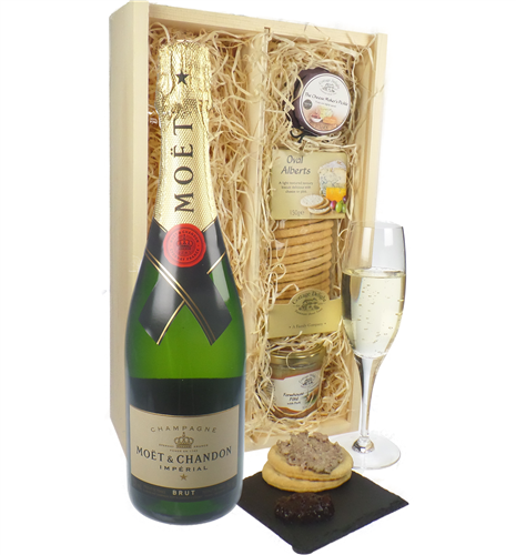 Moet & Chandon Champagne & Gourmet Food Gift Box