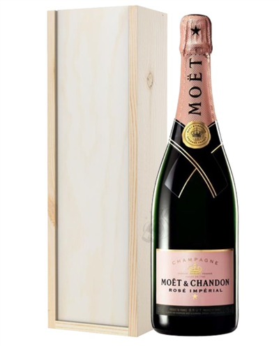 Moet & Chandon NV Rose Champagne Gift in Wooden Box