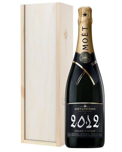 Moet & Chandon Vintage Champagne Gift in Wooden Box