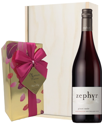 New Zealand Pinot Noir Red Wine Wine and Chocolates Gift Set in Wooden Box
