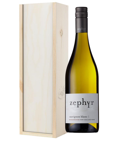 New Zealand Sauvignon Blanc White Wine Gift in Wooden Box