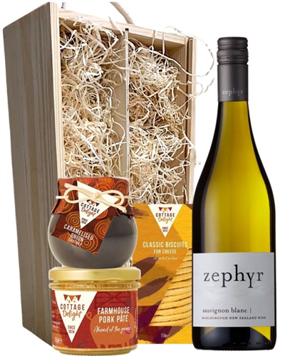 New Zealand Sauvignon Blanc Wine & Gourmet Food Gift Box