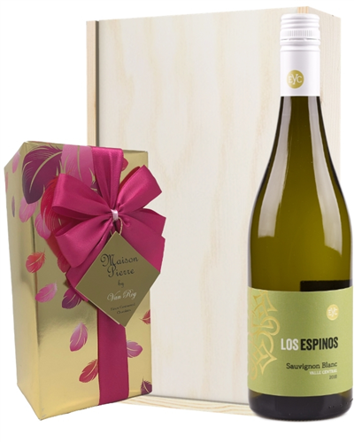 Sauvignon Blanc Wine and Chocolates Gift Set in Wooden Box
