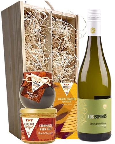 Sauvignon Blanc Wine & Gourmet Food Gift Box
