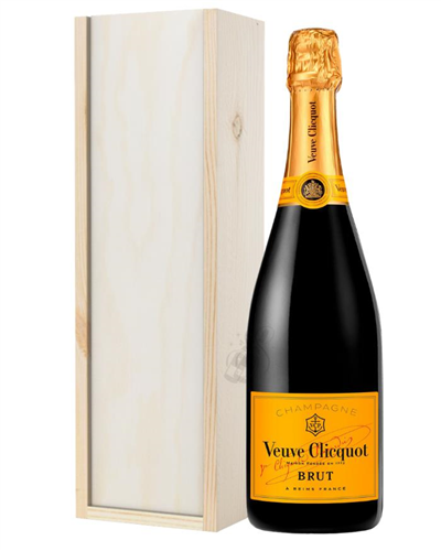 Veuve Clicquot Champagne Gift in Wooden Box