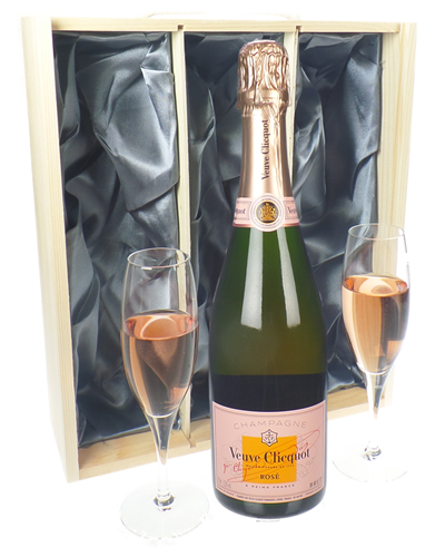 Veuve Clicquot Rose Champagne Gift Set With Flute Glasses