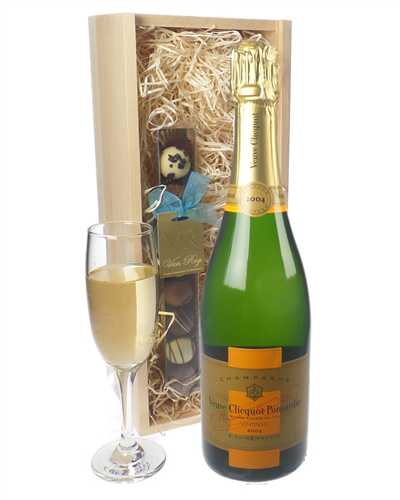 Veuve Clicquot Vintage Champagne and Chocolates Gift Set