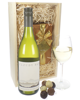 Cloudy Bay Sauvignon Blanc and Luxury Chocolate Gift