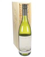 Cloudy Bay Sauvignon Blanc Wine Gift in Wooden Box
