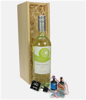18th Birthday White Wine And Stopper Gift