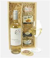 Sauvignon Blanc Wine And Pate Gift