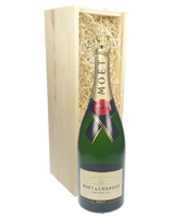 Moet & Chandon Champagne Magnum 150cl in Wooden Gift Box